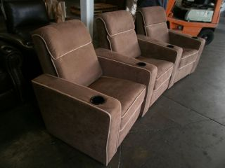 Seatcraft Lorenzo Row of 3 Seats Home Theater Seating Chairs