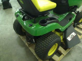 John Deere Riding Mower 165