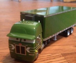 Disney Pixar Cars Die Cast Green Peterbilt Truck Toy Kids
