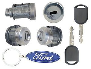 Ford F150 2004 2005 2006 Ignition Cylinder 2 Door Locks w 2 Transponder Keys