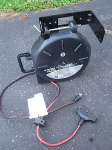 Husky 50ft Retractable Extension Power Cord Reel Tri Tap Wall Bracket 291 322