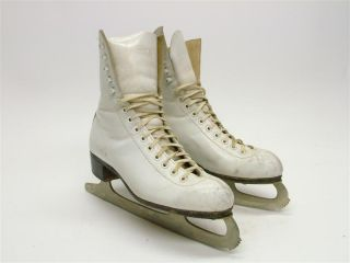 Womens Riedell 220 White Ice Figure Skates Sheffield Steel Blades Size 6