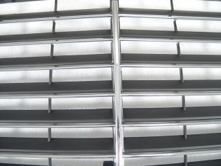 86 93 Mercedes Benz W124 E Class S600 Black Front Grille Grill with Chrome Trims
