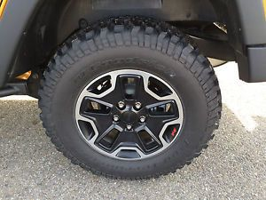 2014 Jeep Rubicon x Rubicon 10th Anniversary Wheels and Tires