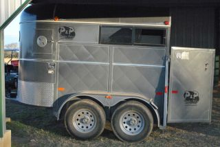 W w Grey 2 Horse Stock Trailer Barely Used