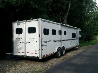 Travel Trailer Sundowner 8010 Signature Series Living Quarters 4 Horse
