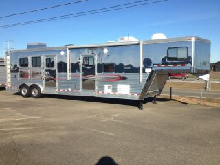 2008 Dream Coach GOOSE Neck Horse Trailer with Living Quarters w 1 Slide Out