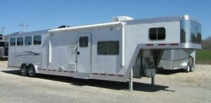 2012 FeatherLite 8581 4 Horse w 15' Living Quarters