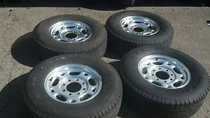 "Chevy GM Factory 2500HD Alum Wheels Michelin Tires 8 Lug 8x6 5 16"" Great Shape"