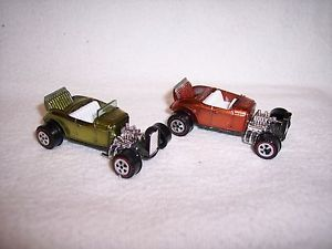 Two Topper Johnny Lightning Custom 32 Ford Hot Rods Green Orange Used