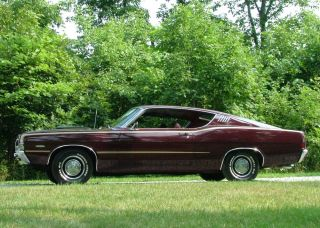 1968 Ford Torino GT Fastback 390 CI V8 Ford Toploader 4 Speed Transmission
