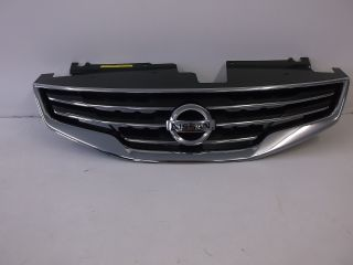 Genuine Nissan Altima Chrome Front Grille Grill with Nissan Emblem 62070 ZX00A