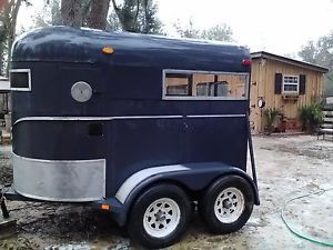 Beautiful WW Horse Trailer