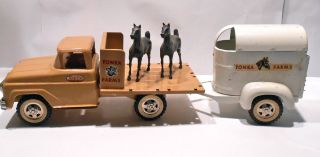 Vintage Pressed Steel Tonka Farm Truck with Horse Trailer Horses