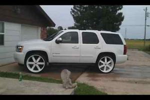 "26"" Gloss White Wheels Tires Avalanche Yukon Denali GMC Titan QX 56 Chevy"