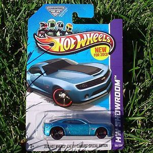 2013 Hot Wheels Chevy Camaro Special Edition Blue HW Showroom New