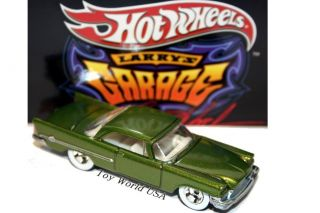 Hot Wheels Larry's Garage '57 Chrysler 300 30 Car Set