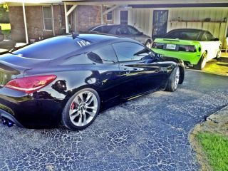 2013 Hyundai Genesis Coupe 19' Wheels and Tires