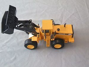 Volvo L330C Diecast Wheel Loader 1 50 Scale