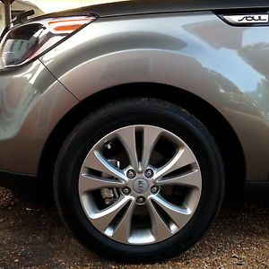2014 17 inch Kia Soul Plus Factory Alloy Wheels