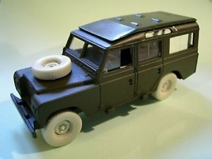 1 48 Resin Wheels Set for Land Rover Solido