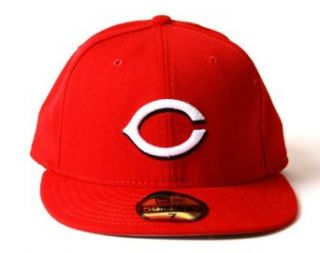 Cincinnati Reds Fitted On Field Baseball Cap Hat   Red Wool (Size 7) Clothing