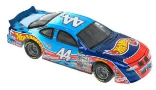 Hot Wheels Racing #44 Kyle Petty 164 Scale Car Toys & Games