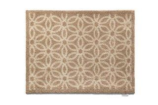 Hug Rug T140 Eco Friendly Indoor/Outdoor Doormat, 25.5 Inch x 33.5 Inch, Beige Daisy Patio, Lawn & Garden