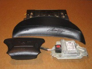 99 04 FORD MUSTANG AIRBAGS AIR BAGS BLACK Automotive