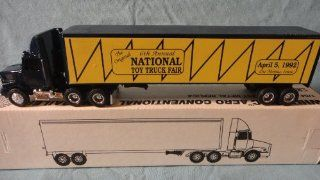 ERTL 164 SCALE 1992 WHITE GMC AERO CONVENTIONAL SEMI WITH TRAILER NATIONAL TOY TRUCK FAIR DIE CAST, DES MOINES IOWA 1992 TOY FAIR TRUCK DIE CAST Toys & Games